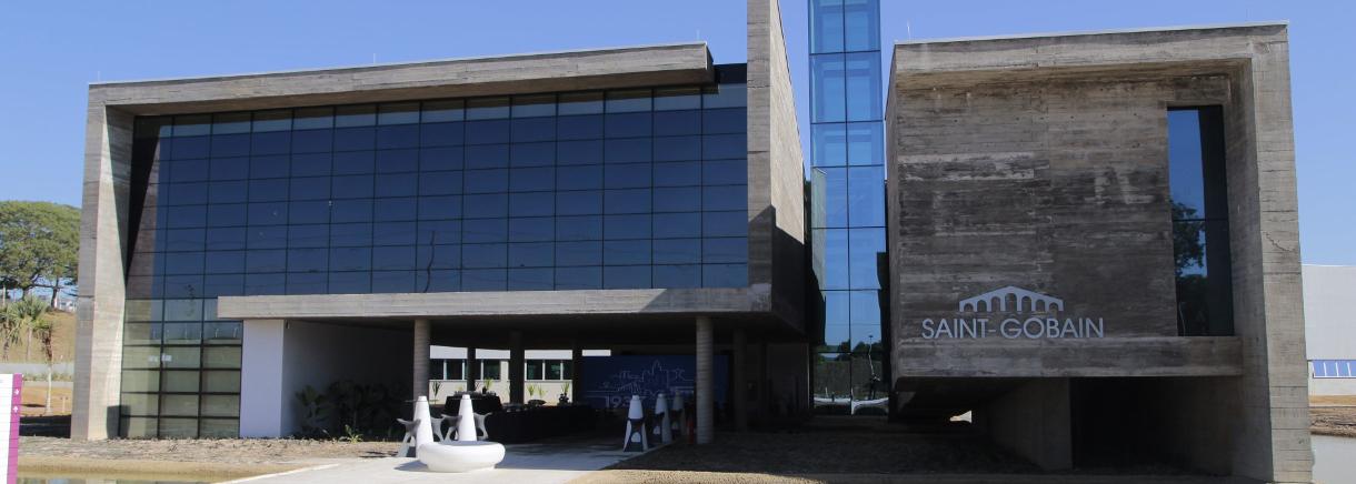 saint gobain inaugure un centre de recherche et de d veloppement au br sil saint gobain. Black Bedroom Furniture Sets. Home Design Ideas