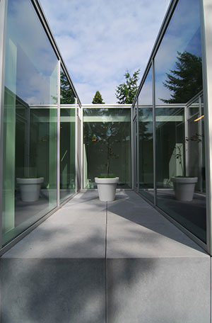 verre cristaux liquide saint gobain. Black Bedroom Furniture Sets. Home Design Ideas