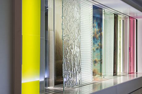 The A Glass House Showroom In The Marais District In Paris (France)  Presents All Glass Solutions And Products By Glassolutions For Interior  Finishing.